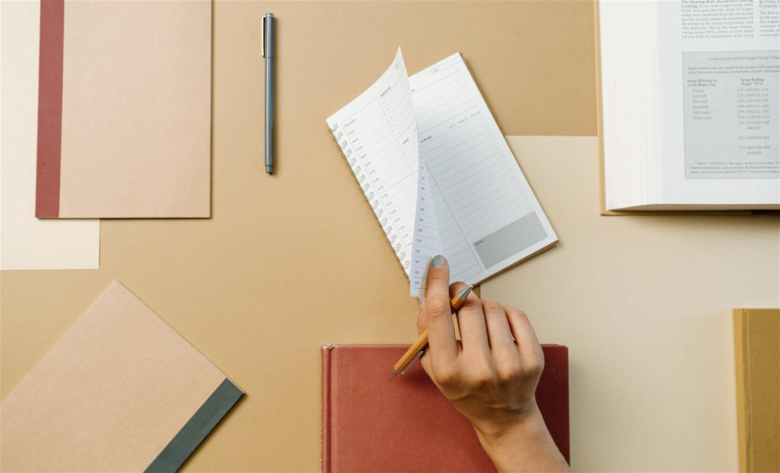 13 Must-have Products to Make Your Studies Easier This Year